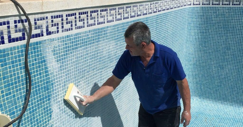 Servicio técnico de piscinas en Sevilla